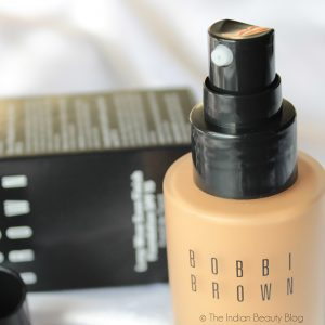 รองพื้น Long-Wear Even Finish Foundation SPF 15 จาก Bobbi Brown